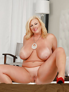 BBW Nude Pictures